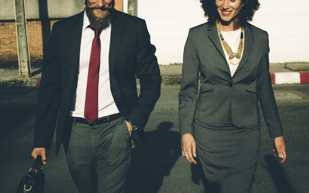 Liderzy zespołów sprzedażowych. Jak zostać najlepszym handlowcem?