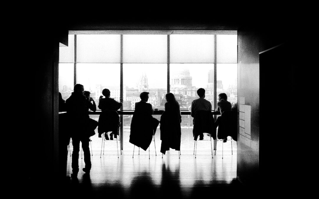 Etykieta w biznesie, czyli kilka słów o savoir-vivre w sytuacjach zawodowych
